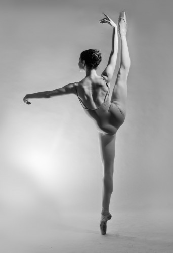 Alice Williamson, ballet dancer and model at headnod talent agency