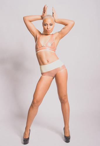 Brooklyn de la Blanca, dancer at headnod talent agency