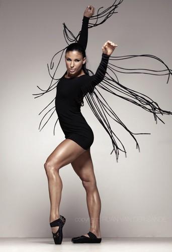 Jasmine Takacs, dancer and model at headnod talent agency