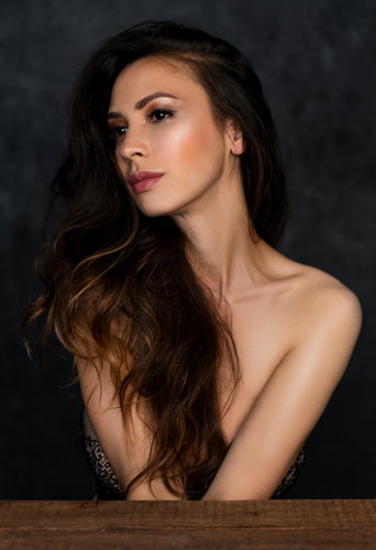 Tia Meddins, dancer and model at headnod talent agency