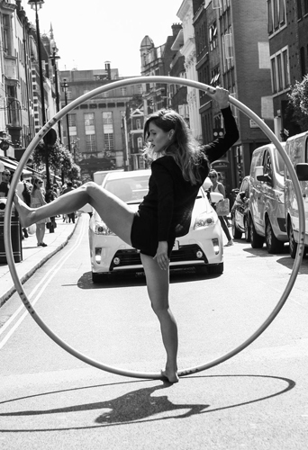 Nadia Lumley, dancer and circus artist at headnod talent agency
