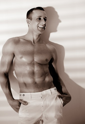 Brett Rosengreen dancer and model at headnod talent agency