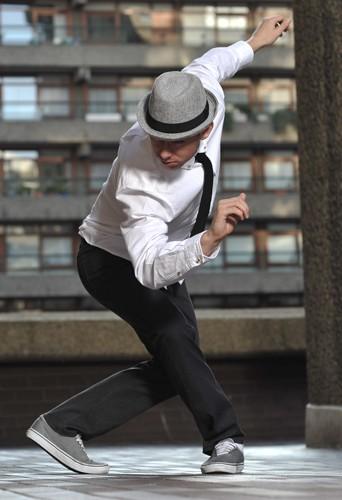 Sam Fleet, dancer at headnod talent agency