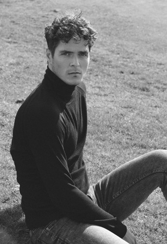 Robert Nerantzoulis, model, actor and dancer at headnod talent agency