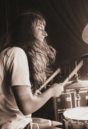 Serra Petale, musician at headnod talent agency