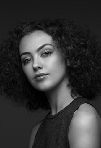 Daisy Ball, dancer at headnod talent agency