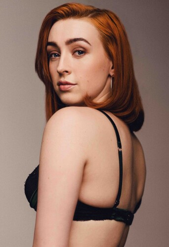 Emma Louise Stansall, dancer at headnod talent agency