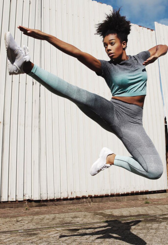 sharon bright oostendrop, dancer and model at headnod talent agency